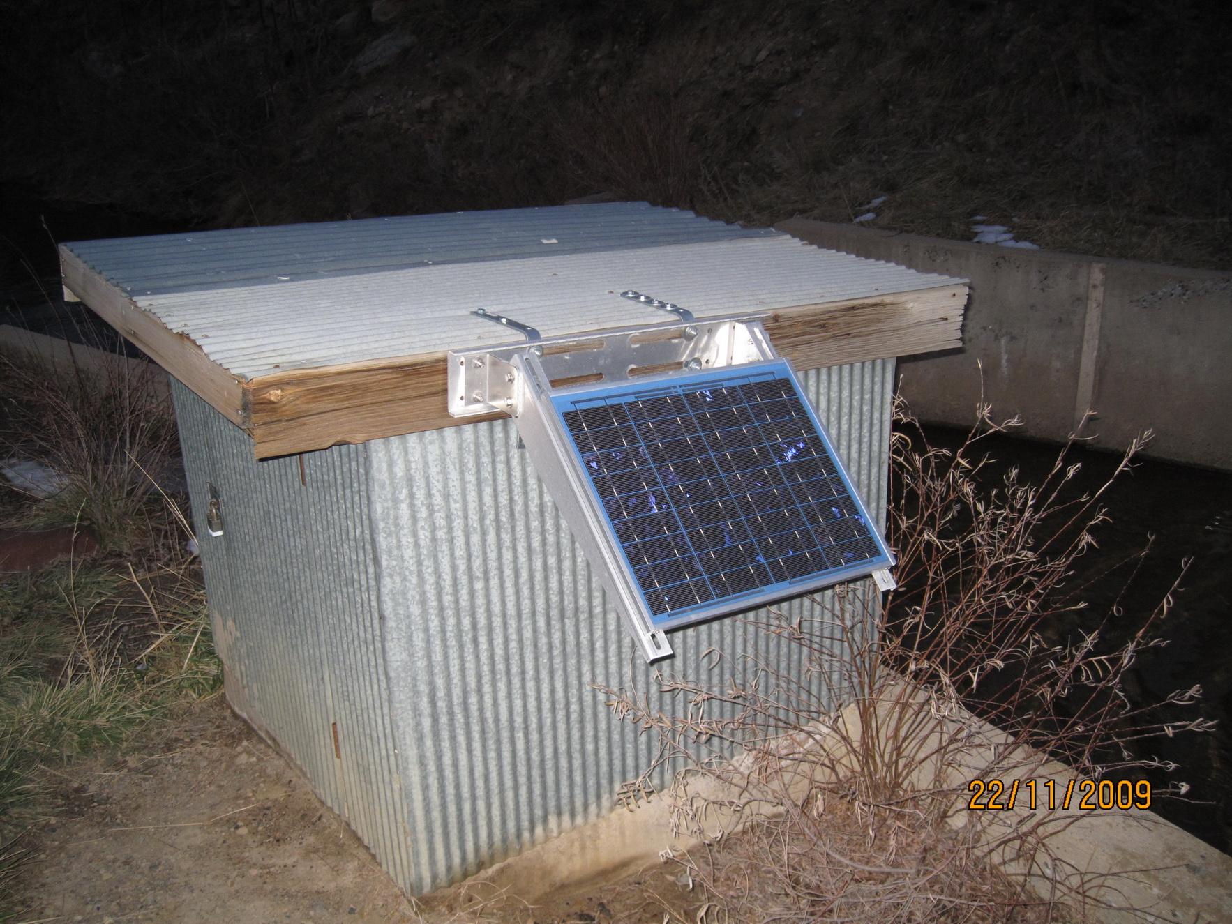 solar+wireless